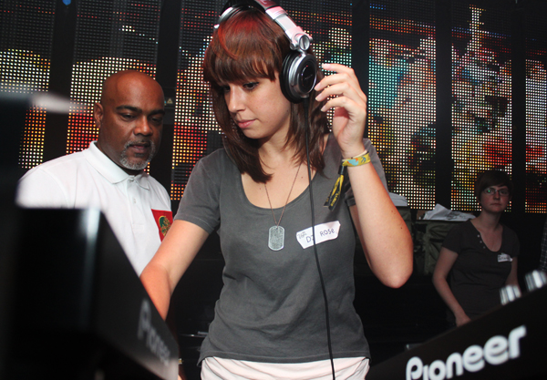Our highlights of the year no. 2: Learning how to DJ (July 2011)