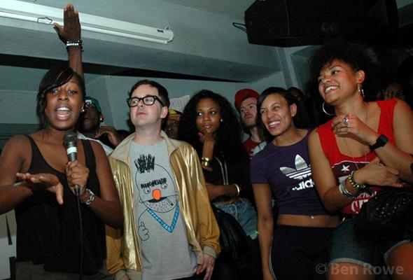 Hip-Hop karaoke The Social © Ben Rowe www.benrowephotography.com