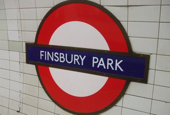 Finsbury_Park_tube_roundel